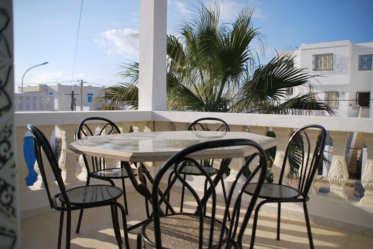 etage terrasse 2. Black Bedroom Furniture Sets. Home Design Ideas